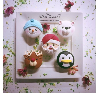 5pc Christmas Cupcake Set