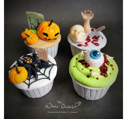 4pc Halloween Fondant Cupcake Set B